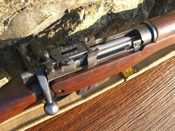 By Sword and Musket » No4 Mk1* Enfield by Long Branch c 1950………  SOLD