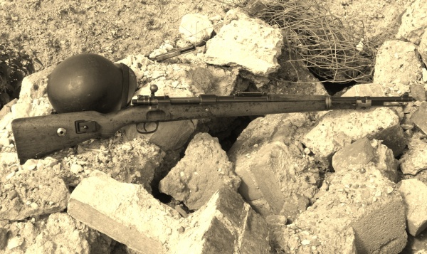 MauserK98 in Rubble 001